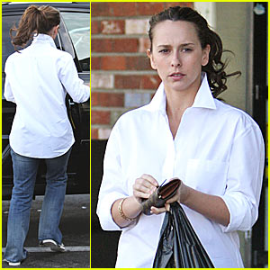 Jennifer Love Hewitt's Market Run