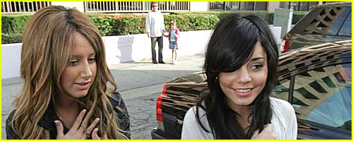 vanessa-hudgens-ashley-tisdale-mcdonalds-00.jpg
