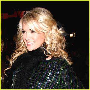 Carrie Underwood: I Smooched Tony Romo
