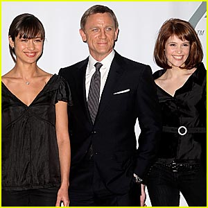 Daniel Craig Seeks His 'Quantum of Solace'