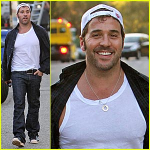 Jeremy Piven Looks into 'Sex'