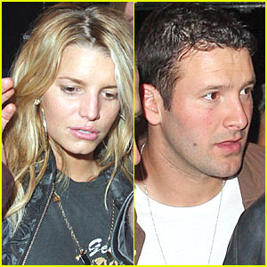 Jessica Simpson and Tony Romo Still Kickin' It