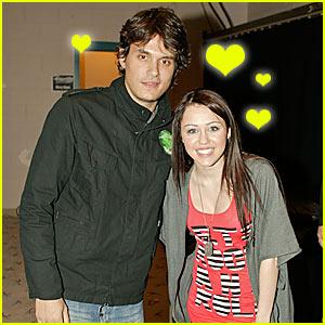 John Mayer Loves Miley Cyrus