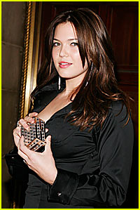 Mandy Moore Addicited to Acupuncture