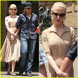 Nicole Kidman's Museum Stroll