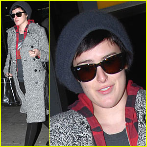 Rumer Willis is a Frequent Flyer