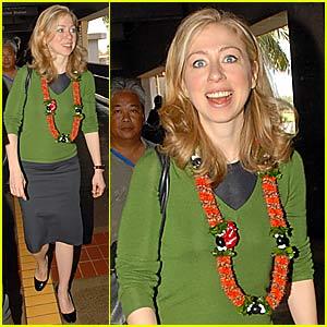 Chelsea Clinton Gets Lei'd