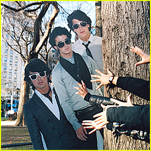 The Jonas Brothers Wear Purity Rings