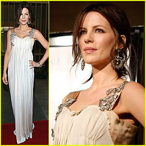 Kate Beckinsale is a Snow Angel