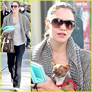 Katharine McPhee's V-day Puppy Love
