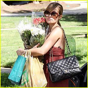 Lauren Conrad is a Flower Girl