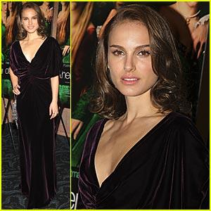 Natalie Portman Has a Good Momager