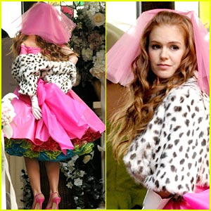 Isla Fisher: Confessions of a Bridesmaid?