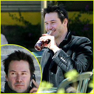 Keanu Reeves Has Raccoon Eyes