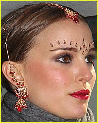 Natalie Portman is a Bindi Babe