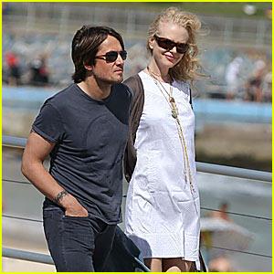 Nicole Kidman's Bondi Beach Baby Bump