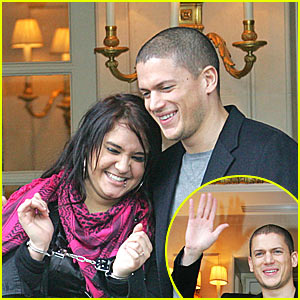 Wentworth Miller is Handcuffed