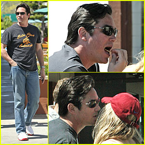 Dean Cain Uses His Super Eating & Kissing Powers