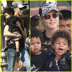 Heidi Klum and Her Children Gleeful at The Grove