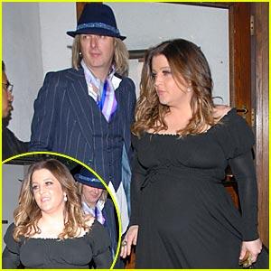 Lisa Marie Has a Big Baby Bump