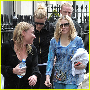Gwyneth Paltrow & Madonna: Exercise For Two