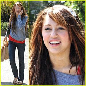 Miley Cyrus Shops 'Til She Drops