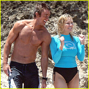 Robert Buckley is Shirtless, Heather Locklear Dons Bikini