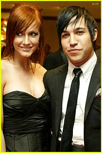 Ashlee Simpson and Pete Wentz Officially Hitched!