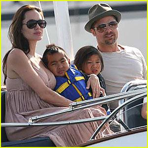 Brad & Angelina's Yacht Club