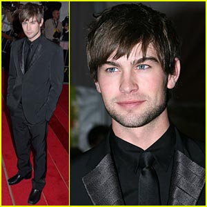 Chace Crawford Interview — Send in Your Questions!