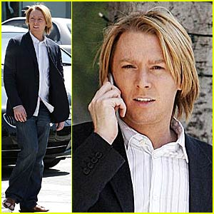Clay Aiken's iPhone Walk and Talk