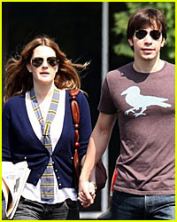 Drew Barrymore & Justin Long: Engaged?