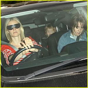 Gwyneth Paltrow Hurries to the Hospital