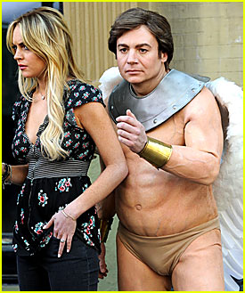 Mike Myers Wears Nude Underwear
