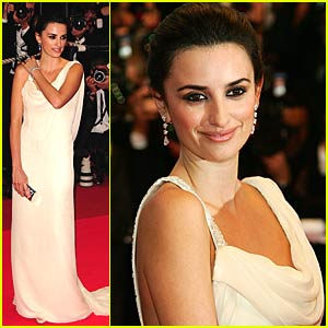 Penelope Cruz Lets Loose For Woody