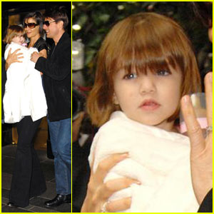 Suri Cruise Has New Lightened Locks
