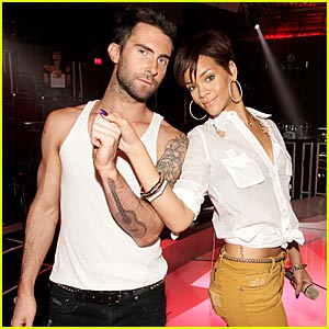 Maroon 5's Adam Levine Does FNMTV