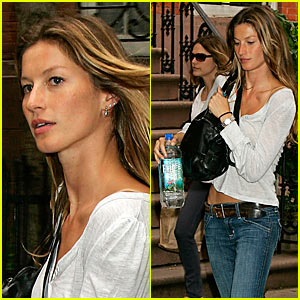Gisele Bundchen Flies Back to Boston