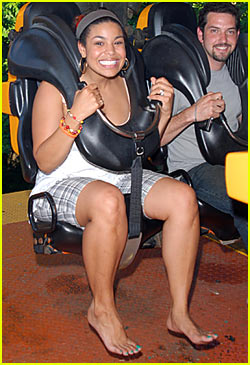 Jordin Sparks Has Some Six Flags Fun