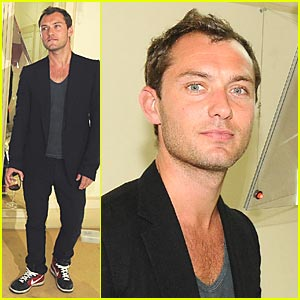 Jude Law is a Demolition Dude