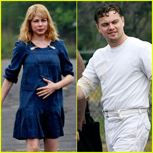 Leonardo DiCaprio & Michelle Williams Flash Their Shutter Smiles