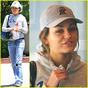 Mila Kunis Gets Right With Rite Aid