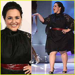 Nikki Blonsky Makes the
