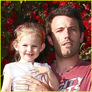 Violet Affleck is Daddy's Little Girl
