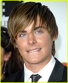 Zac Efron Loses Shower Power