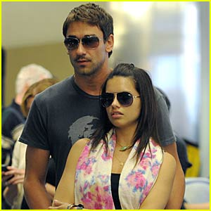Adriana Lima's Love in LAX