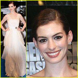 Anne Hathaway's Roman Romp