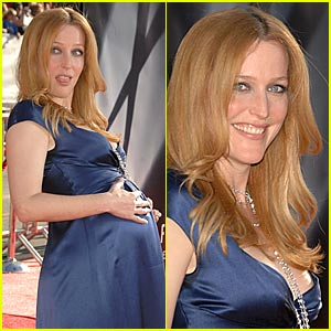 Gillian Anderson: Believe in the Baby Bump!