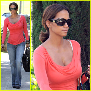 Halle Berry is Tickled Pink