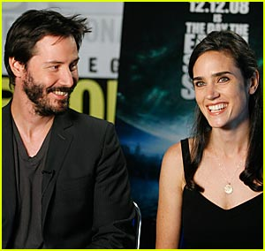 Keanu Reeves is Comic-Con Cool